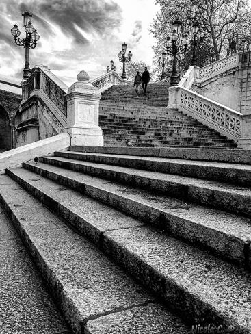 Scalinata parco Montagnola Bologna